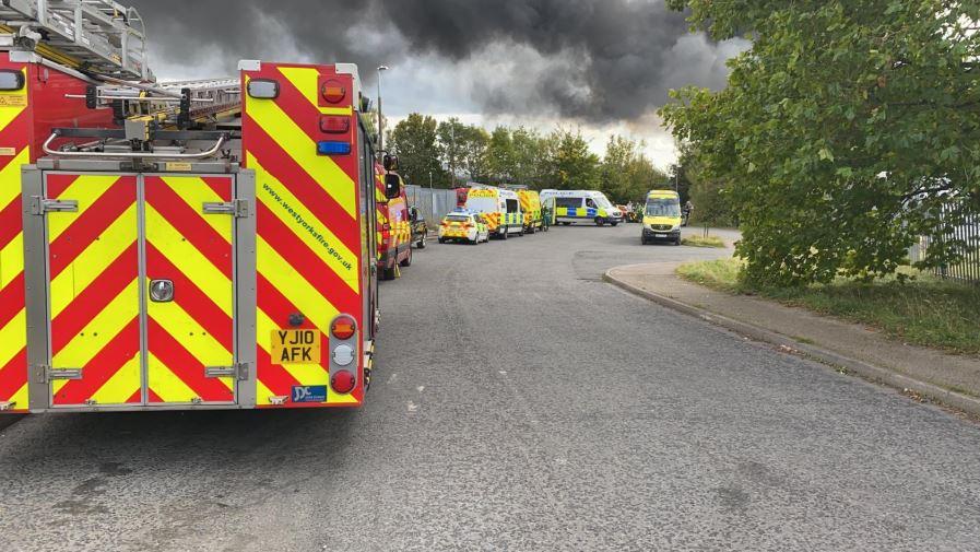 'Huge plumes of black smoke': Fire at Birstall…