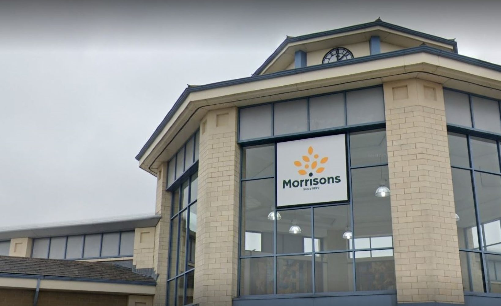 Man questions face mask policy at Morrisons in…